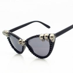 Steampunk retro sunglasses with skulls
