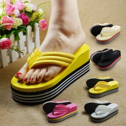 Soft high platform flip flops - beach sandals