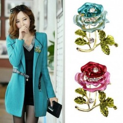 Fashionable brooch - with 3D crystal rose