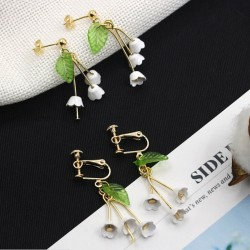 Lilies of the valley - stud earrings