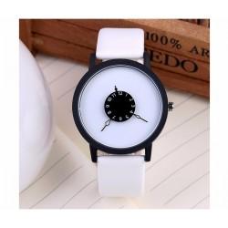 Leather quartz watch unisex