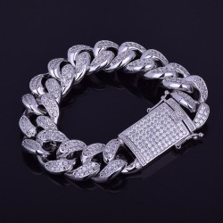 Luxury bracelet with zircons